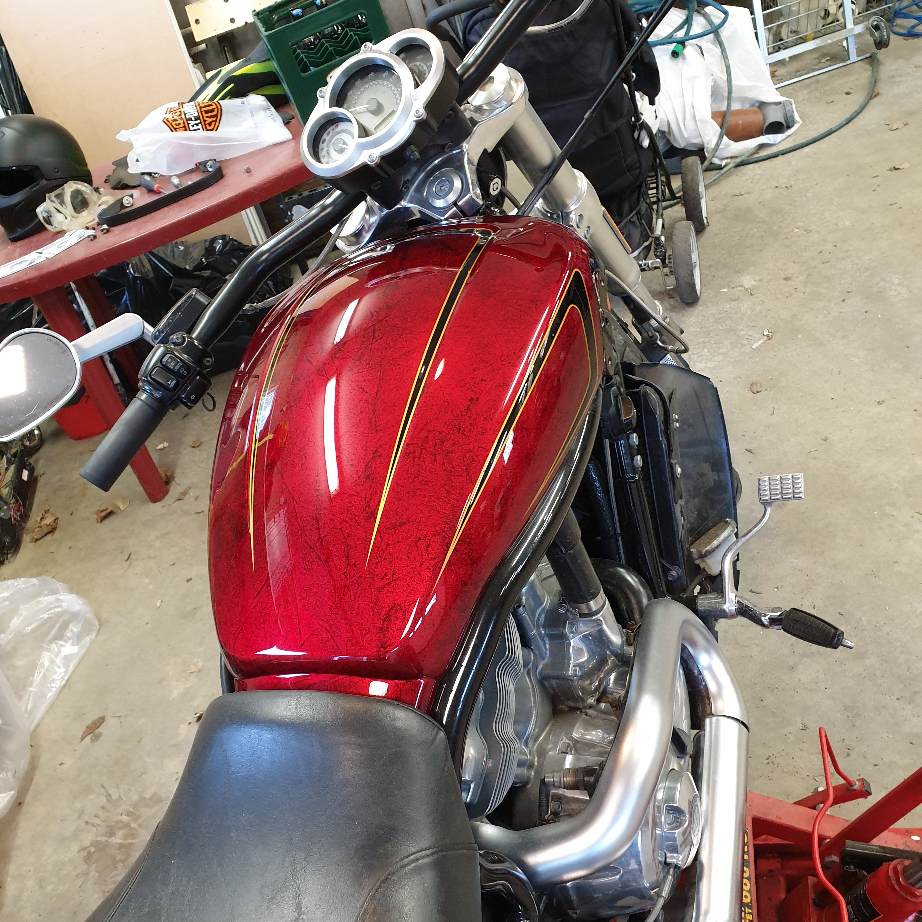 Harley Davidson Muscle gold scallops red candy marble 46