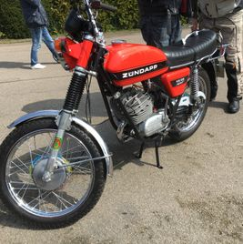 Zündapp KS 125 orange black stripe 1