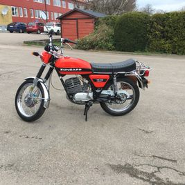 Zündapp KS 125 orange black stripe 11