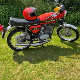 Zündapp KS 125 orange black stripe 4